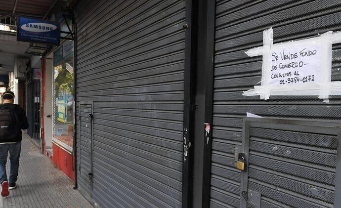 Preocupado por los cierres, el Gobierno incorpora a empresarios y sindicalistas al gabinete económico