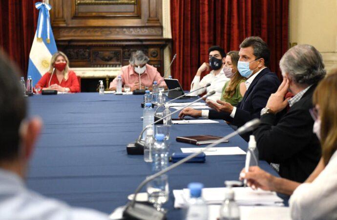 Massa recibió a diputados sindicales por el proyecto de Ganancias