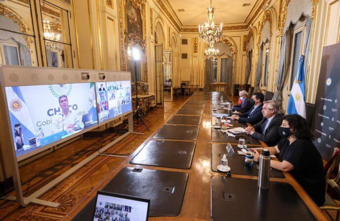 """Alberto Fernández les pidió a los gobernadores """"garantizar"""" que baje la circulación"""